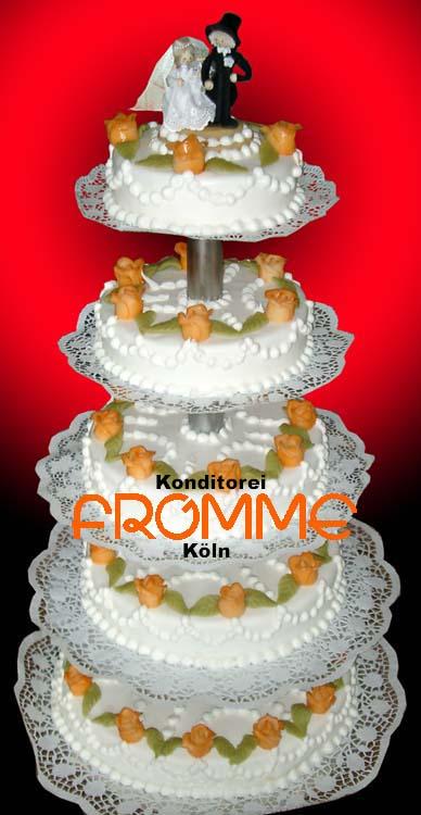Klassische Hochzeitstorte 5e Konditorei Fromme Koln